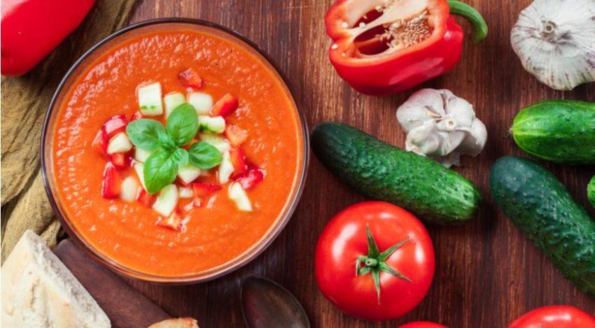 Рецепт іспанського холодного літнього супу гаспачо - дуже просто і саме то на літню жару