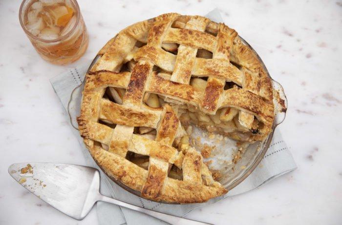 Старовинний рецепт яблучного пирога? Це звичайно не пляцок, але все ж...