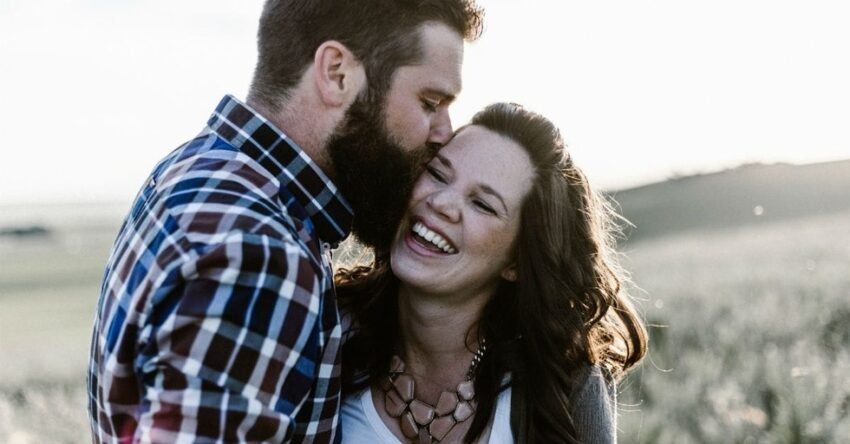 Як зрозуміти почуття чоловіка: розговоріть його